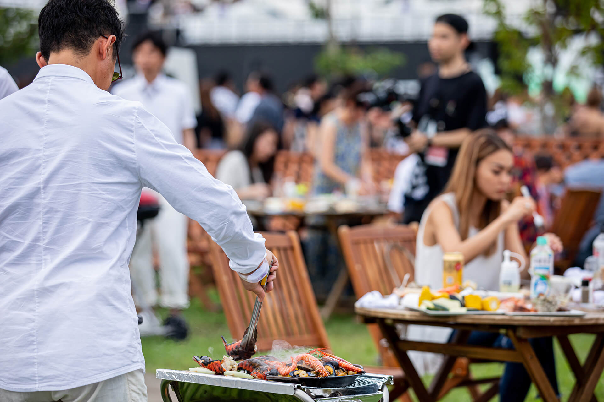 Families and groups can enjoy BBQ before the splendid show